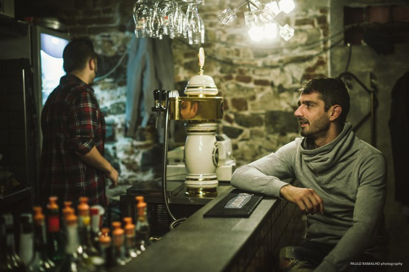 Fotos fijas película Ti Offro da Bere, Italia.